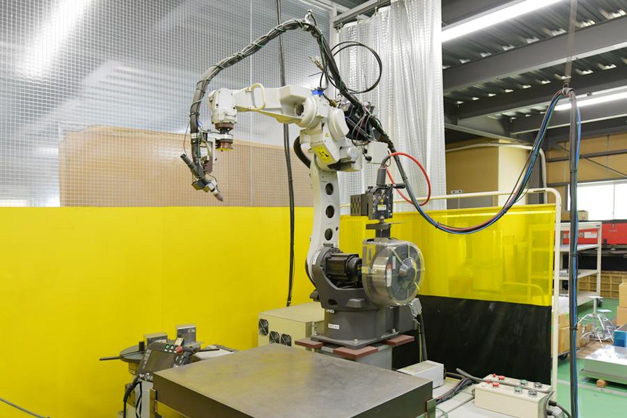 ロボット溶接機(TM-1400G:パナソニック)